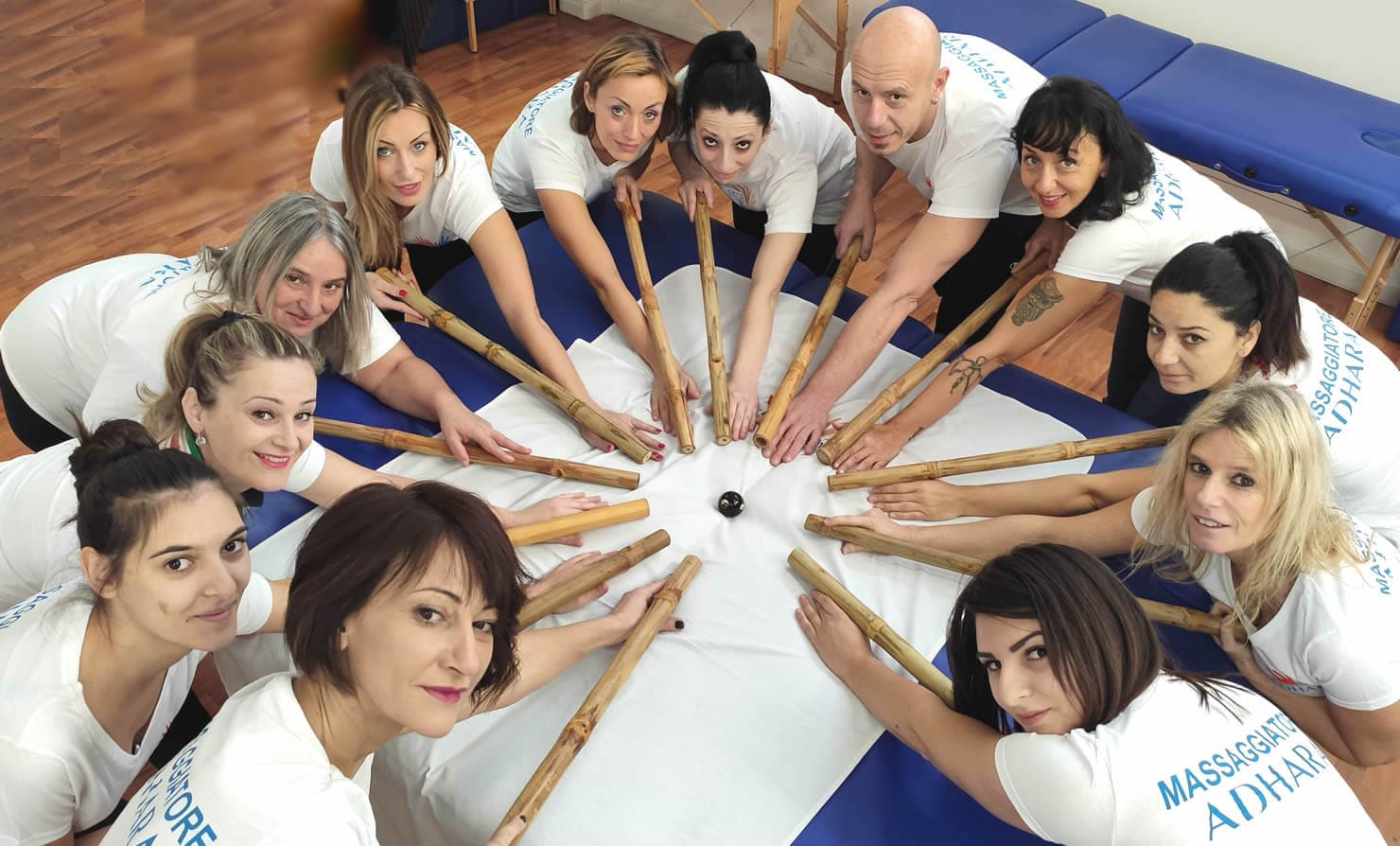 scuola massaggi Adhara per diventare Operatore olistico in Massaggio