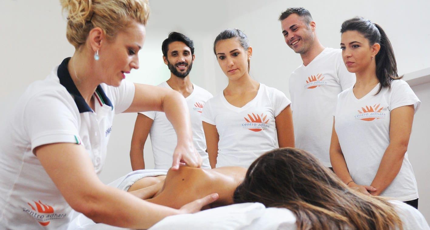 corso massaggio base adhara